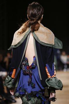 Sacai Fall 2017 Ready-to-Wear Accessories Photos - Vogue
