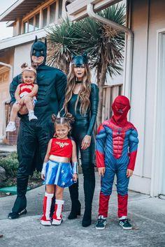 Stranger Things Halloween Costume, Themed Halloween Costumes, Superhero Halloween, Homemade Halloween Costumes, Halloween Fashion, Halloween Kostüm, Zombie Costumes, Halloween Couples, Diy Costumes
