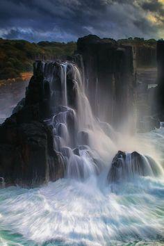 ✯ Boneyard Falls