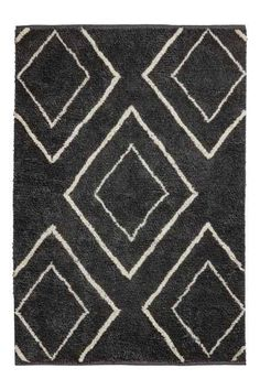 Rug in a jacquard-weave wool and cotton blend with a high pile. H&m Online, Rugs Online, New Interior Design, H&m Home, Rectangular Rugs, Big Girl Rooms, Jacquard Weave, White Houses, Grey And White