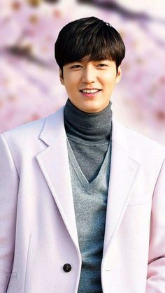 Legend of the blue sea: I'm in love with Lee Min Ho. He's beautiful. Time should freeze for him. Heirs Korean Drama, Korean Drama Quotes, Boys Before Flowers, Boys Over Flowers, Asian Actors, Korean Actors, Legend Of Blue Sea, Legend Of The Blue Sea Lee Min Ho, Lee Min Ho Kdrama