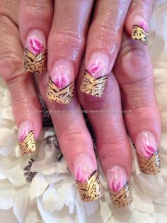 One stroke And freehand nail art