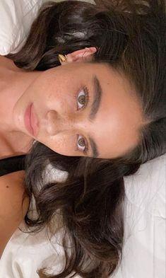 Skin Makeup, Beauty Makeup, Hair Beauty, Aesthetic Makeup, Aesthetic Girl, Pretty People, Beautiful People, Natural Makeup Looks, Belle Photo