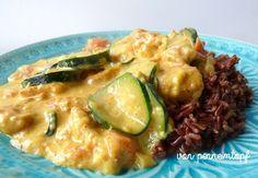 Penne im Topf: Hähnchen in Zucchini - Curry - Sauce