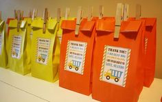 Little diggers will love this construction themed birthday party! How cute are these party favour bags!