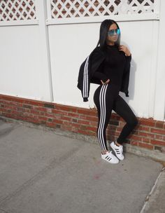 Adidas superstar, adidas 3 stripe leggings, Diana Saldana