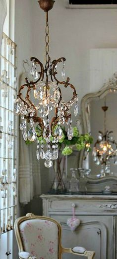 9 Jaw-Dropping Tips: Shabby Chic Bathroom shabby chic home ana rosa.Shabby Chic Home Decorations shabby chic furniture beautiful. French Country House, Master Bedroom Chandelier, Home Decor Accessories, French Country Decorating, Country Decor, Chic Decor, Country Bedroom, Chandelier, Shabby Chic Homes