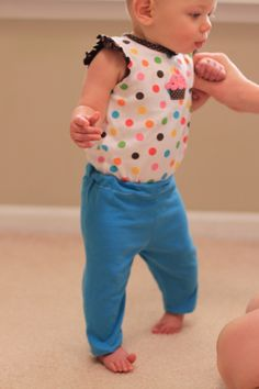 Baby pants made from an old t-shirt. Via @Rookie Moms.