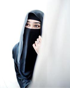 """hijab-wearitright: """" Dian Pelangi """""""