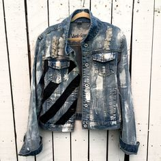 POWER Light Wash Denim jacket Hand painted with white black and red Comfortable fitted slightly cropped fit Model wears a Medium Limited Edition Due to each jacket b. Light Wash Denim Jacket, Jean Jacket Outfits, Painted Denim Jacket, Denim Jacket Men, Men Shorts, Custom Denim Jackets, Leather Jackets, Denim Art, Men's Denim
