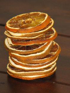 Holiday Decorations / Dried Orange Slices