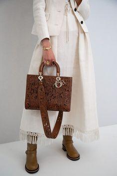 High Fashion, Fashion Beauty, Christian Dior Bags, Cruise Collection, Maria Grazia, Knitwear Fashion, Lady Dior, Pretty Little, Bucket Bag
