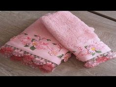 Bathroom Rug Sets, Decoration, Floral Tie, Needlework, Diy And Crafts, Towel, Baby Shower, Embroidery, Knitting
