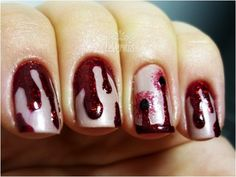Blood nails for Halloween. Halloween Zombie, Halloween Make Up, Halloween Ideas, Halloween Nail Designs, Halloween Nail Art, Linda Hallberg, Cute Nails, Pretty Nails, Hair And Nails