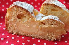 La Torta alla crema di Nua sta spopolando su Facebook. Soffice,golosa,semplice e genuina.Adatta a colazione, a merenda.La crema viene aggiunta all'impasto