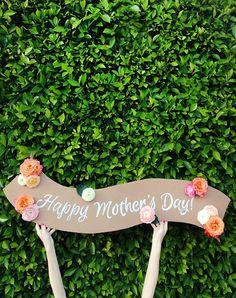 DIY this adorable fresh flower banner this Mother's Day.