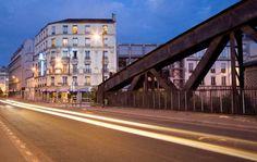 Hôtel At Gare du Nord***,, #Paris (Maranatha Hotels) - Proche de #Pigalle, avec vue sur le Sacré Coeur au 5ème étage. Pigalle, Location, Rue, Paris, Sacred Heart, Montmartre Paris, Paris France