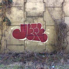 JEFE via @intouch1 _______________________ #madstylers#jefeomt#hlcrew#throws#throwie#throwies#throwupsonly#throwup#throwups#graffiti#graff#fillin#fillins#fills#vandal#vandals#instagraff#instagraffiti#sprayart