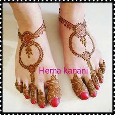 Mehedi Mehndi Designs Feet, Legs Mehndi Design, Henna Art Designs, Modern Mehndi Designs, Wedding Mehndi Designs, Mehndi Design Pictures, Beautiful Henna Designs, Latest Mehndi Designs, Engagement Mehndi Designs