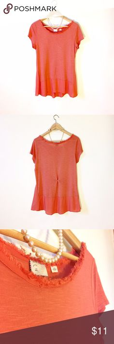 ✅AVAIL TIL SUNDAY✅ANTHROPLOGIE Soft Contrast Tunic ✨AVAILABLE UNTIL SUNDAY 3/5✨ Super soft & sweet short sleeve Tunic Tee by Postmark, an Anthropologie brand. Textured fabric body, light linen-type fabric panels on bottom edge & set at angles at hips. Raw edge scoop neck. Good used condition. Has been worn & washed. Relaxed fit. Dimensions upon request. Anthropologie Tops Tunics