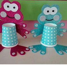 Paper Crafts Origami, Paper Crafts For Kids, Diy And Crafts, Arts And Crafts, Frog Crafts, Cup Crafts, Preschool Crafts, Art N Craft, Craft Work