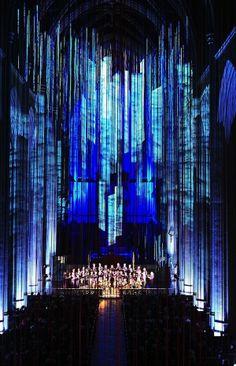 Graced with Light par Anne Patterson | Anne Patterson - Grace Cathedral, San Francisco