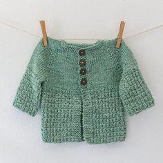 Breien voor baby's - Wol zo Eerlijk Baby Sweater Patterns, Baby Sweater Knitting Pattern, Knit Baby Sweaters, Baby Knits, Knitting For Kids, Knitting Projects, Baby Knitting, Brei Baby, Yarn Colors