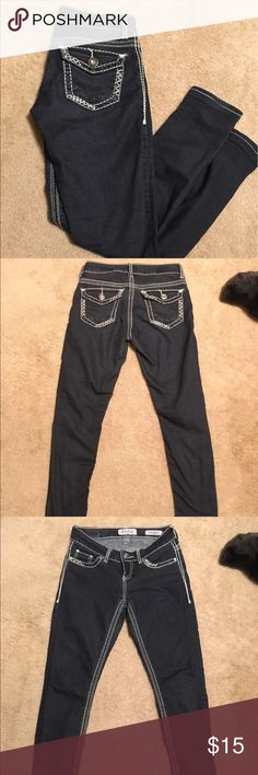 Day trip jeans Day trip skinny jeans. 26x31.5.. do have some stretch to them so they are comfy Daytrip Jeans Skinny