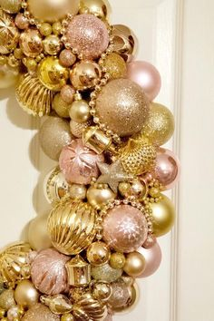 Christmas wreaths; pink christmas; christmas mantel decorations; christmas fireplace decor; over the bed wall decor; over the couch wall decor; christmas decor; christmas mantels; christmas front porch; christmas gift ideas; aesthetic christmas; christmas 2020; christmas vibes; farmhouse christmas decor; gifts for best friends; christmas wreaths for front door; pink christmas decorations; rose gold christmas decorations; gift ideas for mom; gifts for grandma; handmade gift ideas #christmas