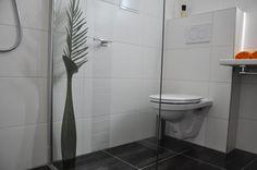 Stylish Loggia Apartment: Hellwagstrasse, TAVienna Vienna, Toilet, Traditional, Stylish, Holiday, Room, Vacations, Holidays, Litter Box