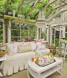 If you're looking for decor inspiration, check out these gorgeous reading nooks. Includin gthis shabby chic book nook for nature lovers.