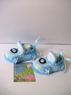 Crochet Baby BootiesWhiteBlue Baby Boys Car booties by MILAVIKIDS, $24.50