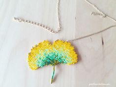 DIY Beaded Ginko Leaf in Brick Stitch - Petit Bout de Chou