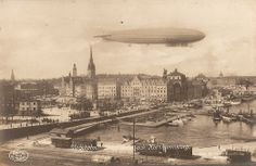 stockholm-harbour-1920-postcard-with-airship.jpg (1043×679)