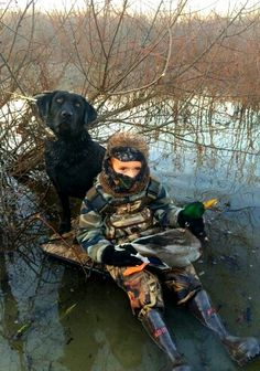 Parenting the right way ! Hunting Humor, Hunting Stuff, Hunting Girls, Duck Hunting, Hunting Dogs, Hunting Pictures, Waterfowl Hunting, Duck Blind, Dog Best Friend