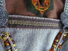 Trägerrock - German for Apron Dress - amazing wire embelishment called Posament - blog is in German