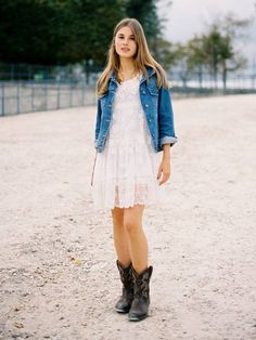 Short lace dress, cowgirl boots, and a denim jacket. would love this for a bridesmaid outfit. Cowboy Outfits For Women, Cowboy Boot Outfits, Dresses With Cowboy Boots, Cowboy Boots Women, Dress Boots, Western Boots, Cowboy Shoes, Vestidos Country, Country Dresses