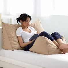 Reading Wedge Pillow-this is soo dreamy! she looks relaxed and comfortable. i want it :)