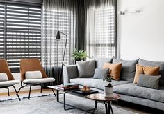 〚 Black and white apartment with warm accents in Tel Aviv (110 sqm) 〛 ◾ Photos ◾ Ideas ◾ Design #interior #design #homedecor #home #decor #interiordesign #idea #inspiration #cozy #living #space #style #grey #white #livingroom