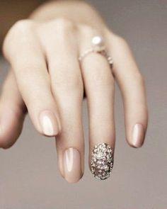 シンプルがステキ!大人の「ウエディングネイル」デザイン特集 - NAVER まとめ #NailArt #Fashion