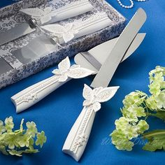 Butterfly Designed Wedding Resinous Handle Cake Knift & Sever Set,US$15.95   Read More:     http://image1.nextdressin.com/index.php?r=butterfly-designed-wedding-resinous-handle-cake-knift-sever-set-w320005.html