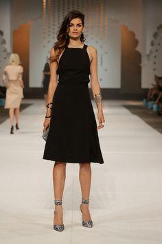 Vanquish Dress Villa Print Heels