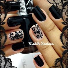 Υπέροχα μαύρα νύχια που ξεχωρίζουν!!!