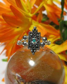 ⭐️♥️⭐️Beauty for the hands!! ♥️ Elegant Swarovski Crystal Ring ♥️ Handmade *Size 5*⭐️♥️⭐️