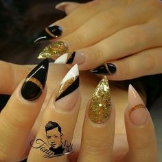 37 Elegant Stiletto Nail Art Designs For Holiday