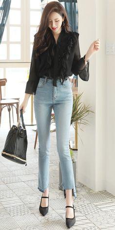 StyleOnme_Uneven Cut Hem Straight Leg Jeans #cut #raw #destroyed #jeans #koreanfashion #kstyle #kfashion #springtrend #seoul #dailylook