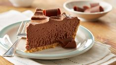 Recipe for Easy No-Bake Chocolate Cheesecake - Creamy chocolate cheesecake in a graham cracker crust, ready in three oven-free steps! (No Bake Chocolate Desserts) No Bake Desserts, Easy Desserts, Delicious Desserts, Dessert Recipes, Yummy Food, No Bake Chocolate Cheesecake, Chocolate Desserts, Easy No Bake Cheesecake, Hershey's Chocolate Chips