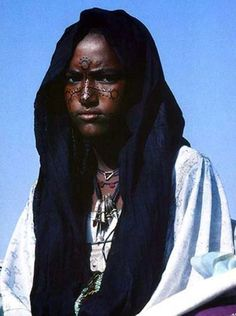 Soninke Woman, Mauritania, Africa photo by Margaret Courtney-Clarke African Tribes, African Women, Tuareg People, Tribal Women, Le Far West, African Culture, People Of The World, African Beauty, Beauty Women