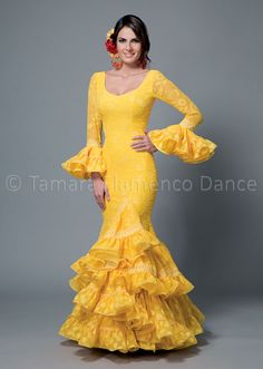 Elegant Dresses, Cute Dresses, Formal Dresses, Yellow Lace, Yellow Dress, Spanish Dress, Salsa Dress, Gypsy Women, Spanish Fashion