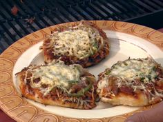 Neelys BBQ Pizza Recipe : Patrick and Gina Neely : Food Network - FoodNetwork.com